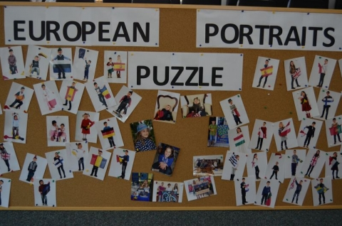 "European Portraits Puzzle - Spectacolul ""A gift from Europe"""